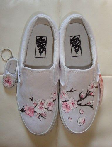 Custom Vans | Painted sneakers