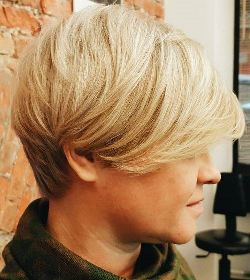 20 wonderful wedge haircuts short blonde haircuts blonde haircuts short blonde haircut with reverse ombre winobraniefo Image collections