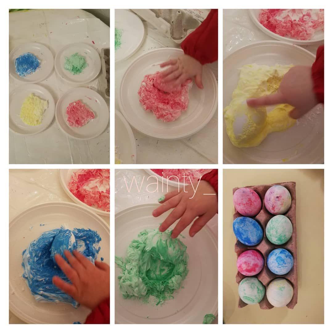 3 verrückte Ideen, wie schon die Kleinsten Ostereier färben können