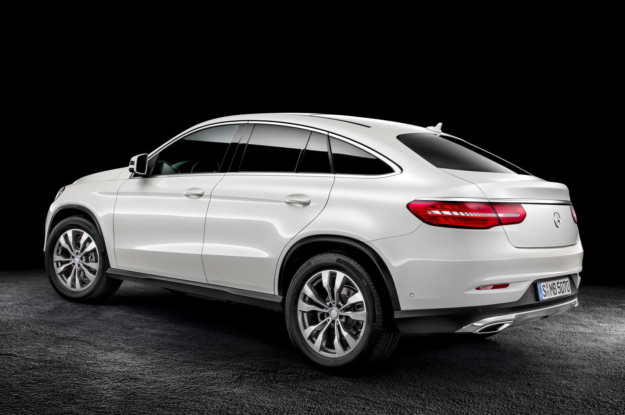 2016 mercedes benz gle coupe left rear side provided by motortrend