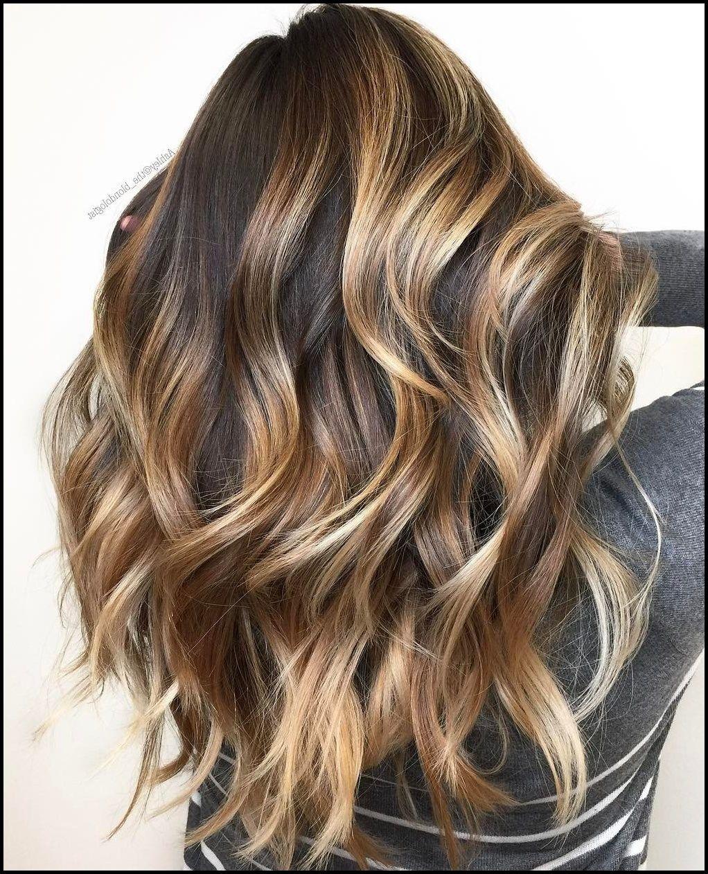 9 Kopf Drehen Haarschnitte und Frisuren für lange dicke Haare
