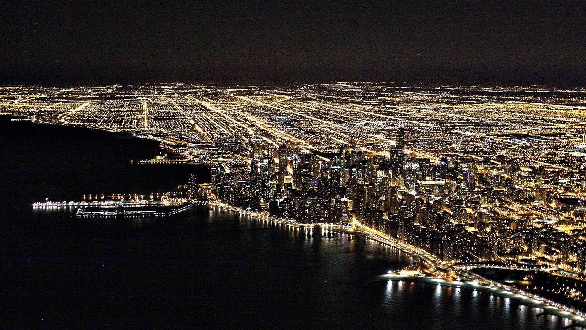 BonVoyageurs (@BonVoyageurs) | Twitter Chicago from the air ! @JKelly413 #Chicago @ChooseChicago #luxury #travel