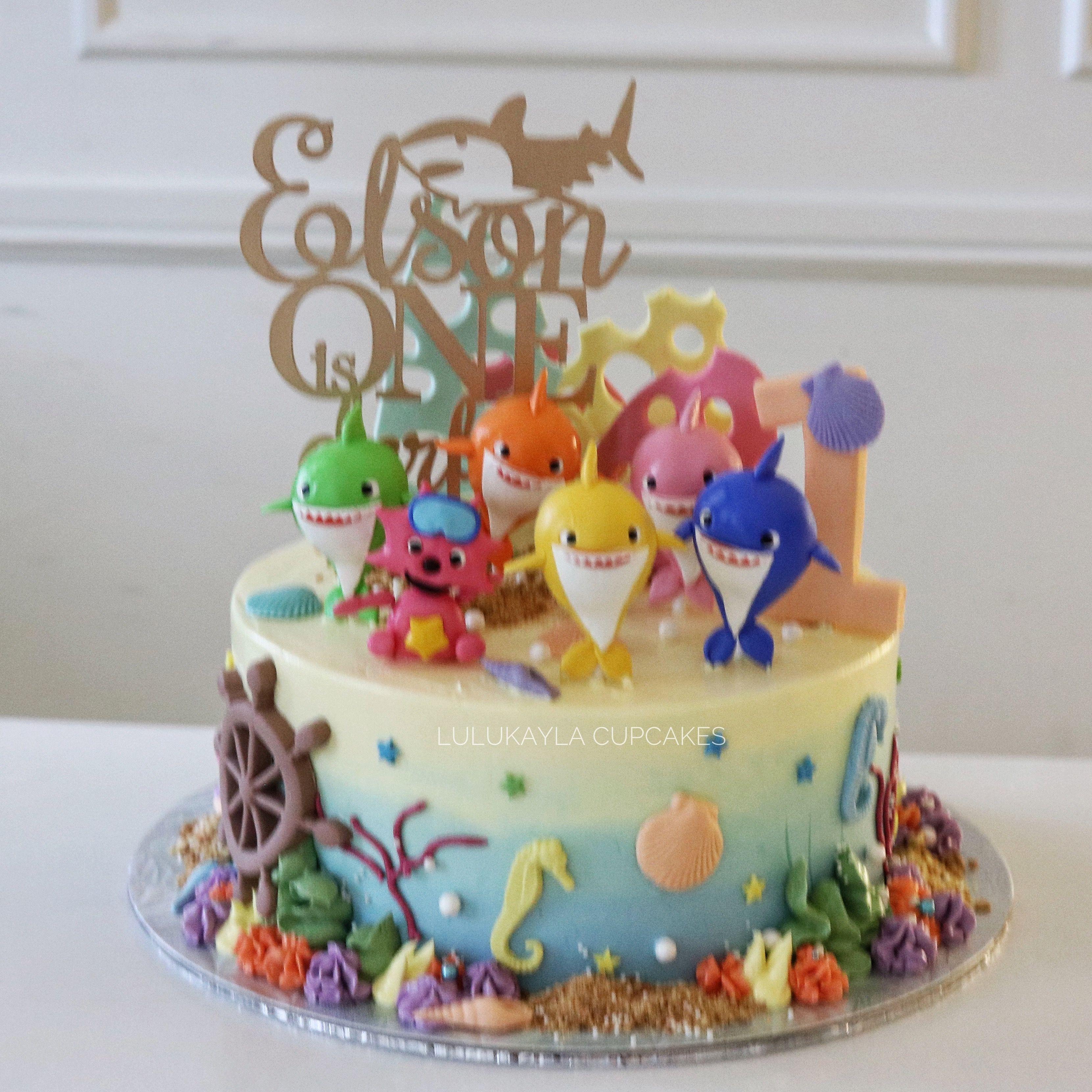 Photo of Baby shark cake
