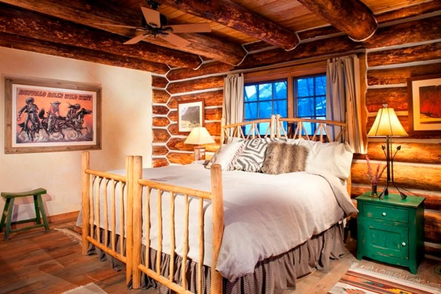 A bedroom in River House at the Smith Frank ranch in the Rocky Mountains
