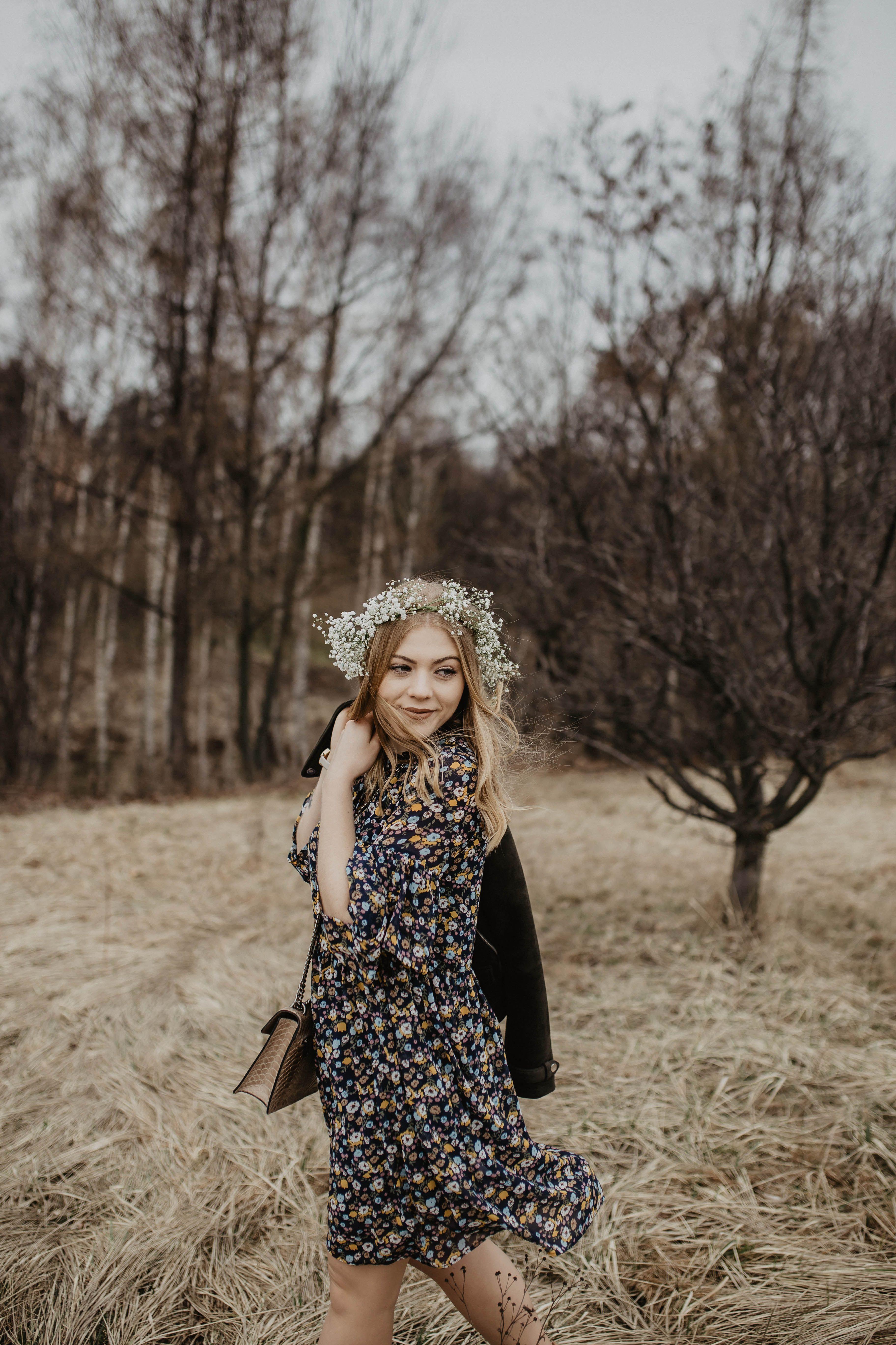 Wiosenna Stylizacja Z Sukienka W Kwiaty Carry Rozalia Fashion Style Vintage