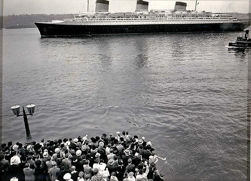 Berenice Abbott, Normandie, North River, Manhattan, from Pier 88, 1938