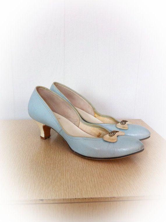 Vintage 1950s Shoes Baby Doll with Kitten Heels Sky Blue Velvet ...