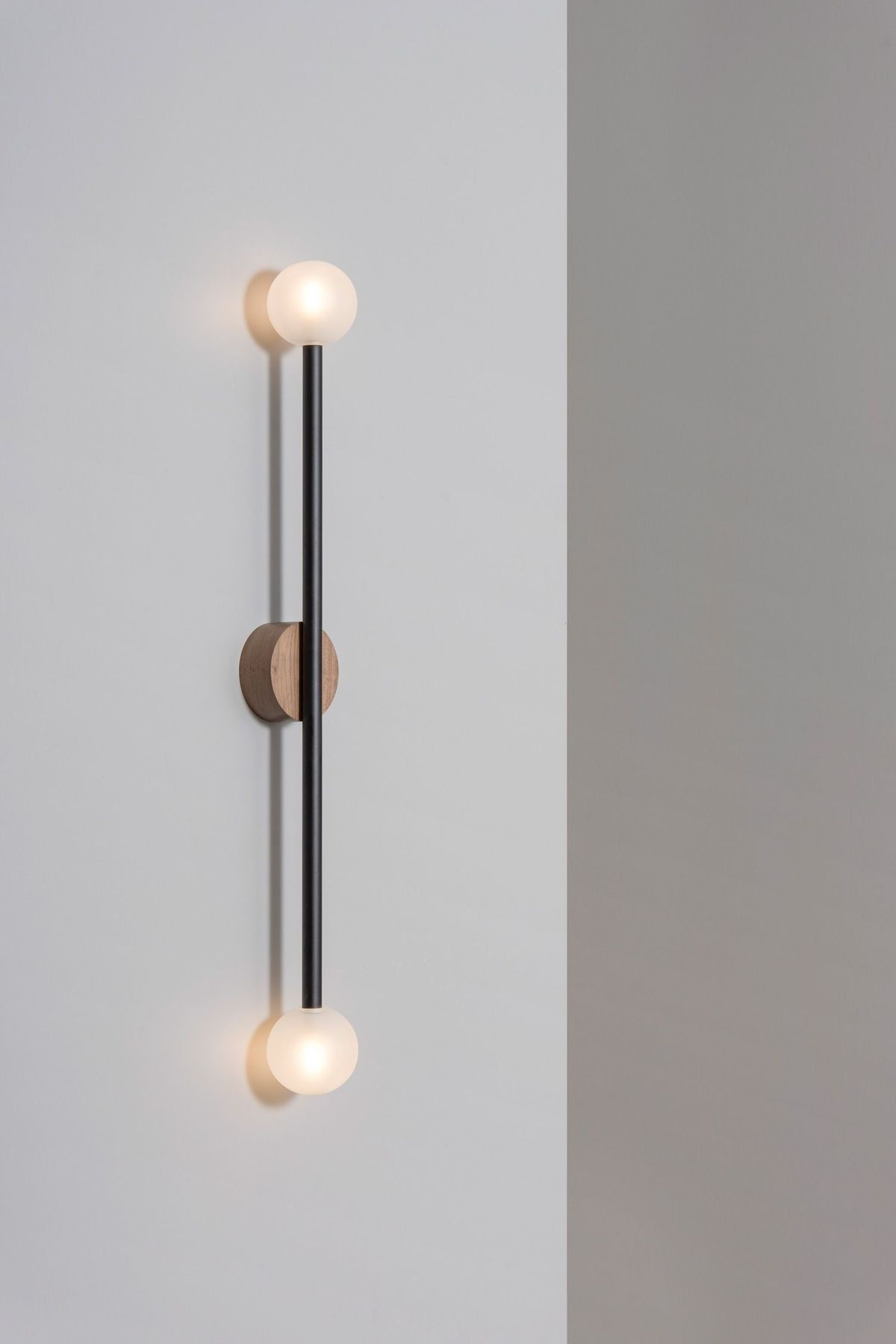 Pin By Isabelle Pierce On Cool Things I Like In 2020 Wall Lamp Lamp Wall Mounted Lamps