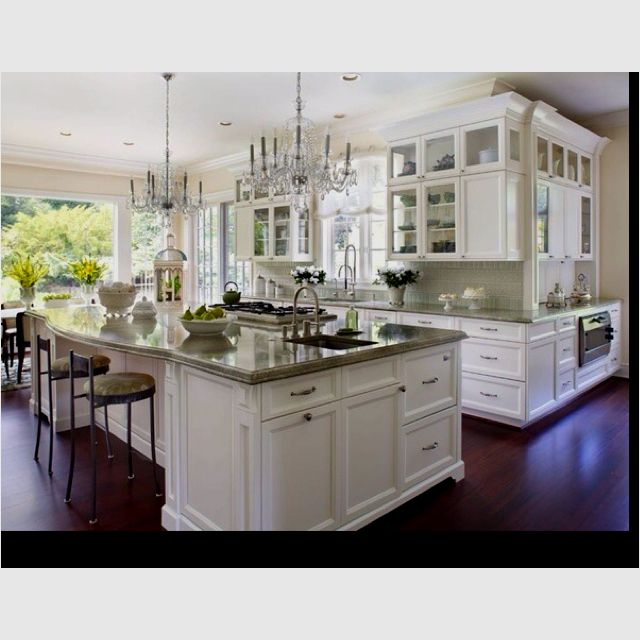 Hampton Kitchen... Love all of the natural light coming through the oversized windows and the extra large island.