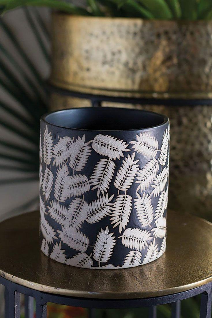 Black ceramic cylinder pot with leaf pattern ceramic