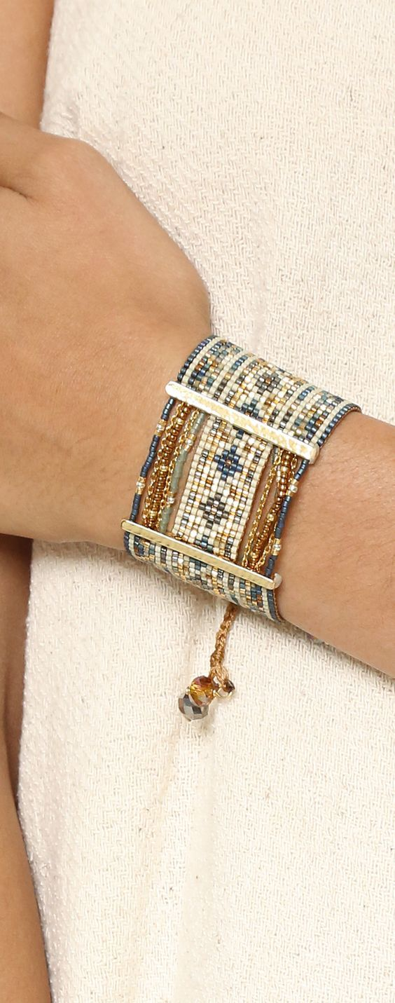 Design your own photo charms compatible with your pandora bracelets. Bracelet Manchette tendance 2017 Miyuki