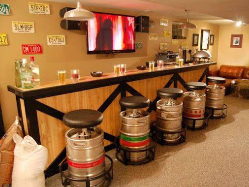 Jolie reconversion de fûts de #biere | Bar salon, Bar antre ...