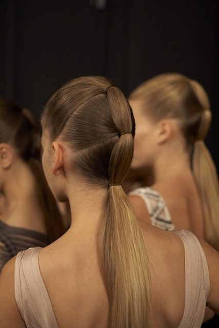 Playing Up Your Ponytail For Fall Women S World Ponytail
