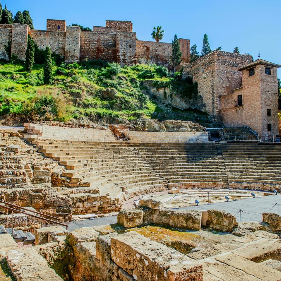 We are so happy to inform you about the ✌ new Malaga City Tours included in our website www.malagatrips.com  City Centre Tours!  From today you can book an excellent ☄ROMAN THEATRE & ALCAZABA MALAGA TOUR☄ for 15€ per adult! Or a CATHEDRAL & HISTORIC CITY CENTRE TOUR for 18€ per adult!   #Malaga #Malagatrips #Malagatours #visitmalaga #citycentertours