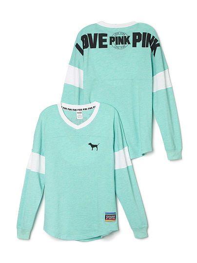 8e0949e18a7bb Varsity Crew - PINK - Victoria's Secret | PInk | Vs pink outfit ...