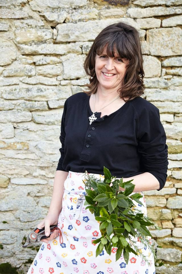 Emma Bridgewater Talk To Susy Smith Editor Of Country Living Magazine At Design Centre Chelsea Harbour 11 30am On Friday 14th March