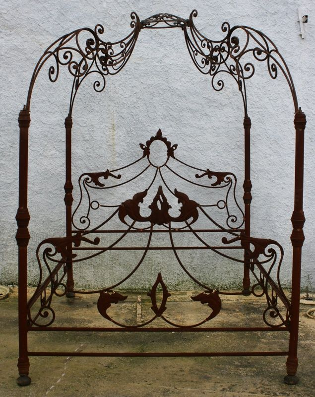 Metallic Sculpture Wrought Iron Bed With Images Beautiful