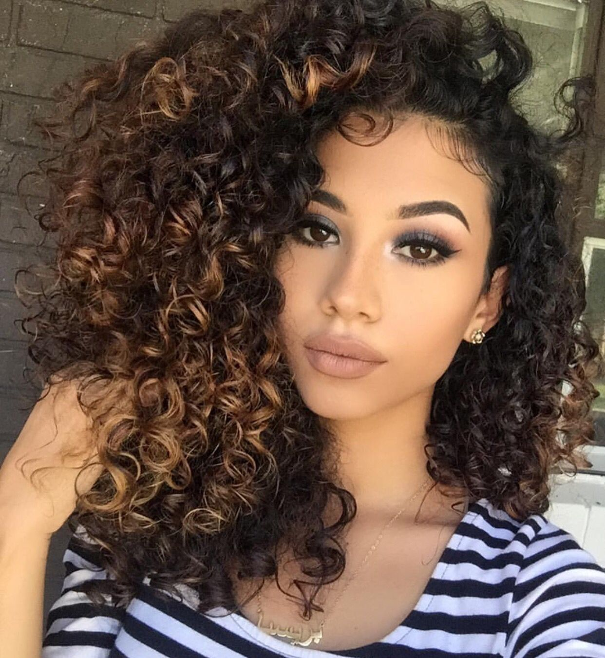 14 Naturally Stunning Mixed Race People In 2020 Curly Hair Styles Naturally Curly Hair Styles Hair Styles