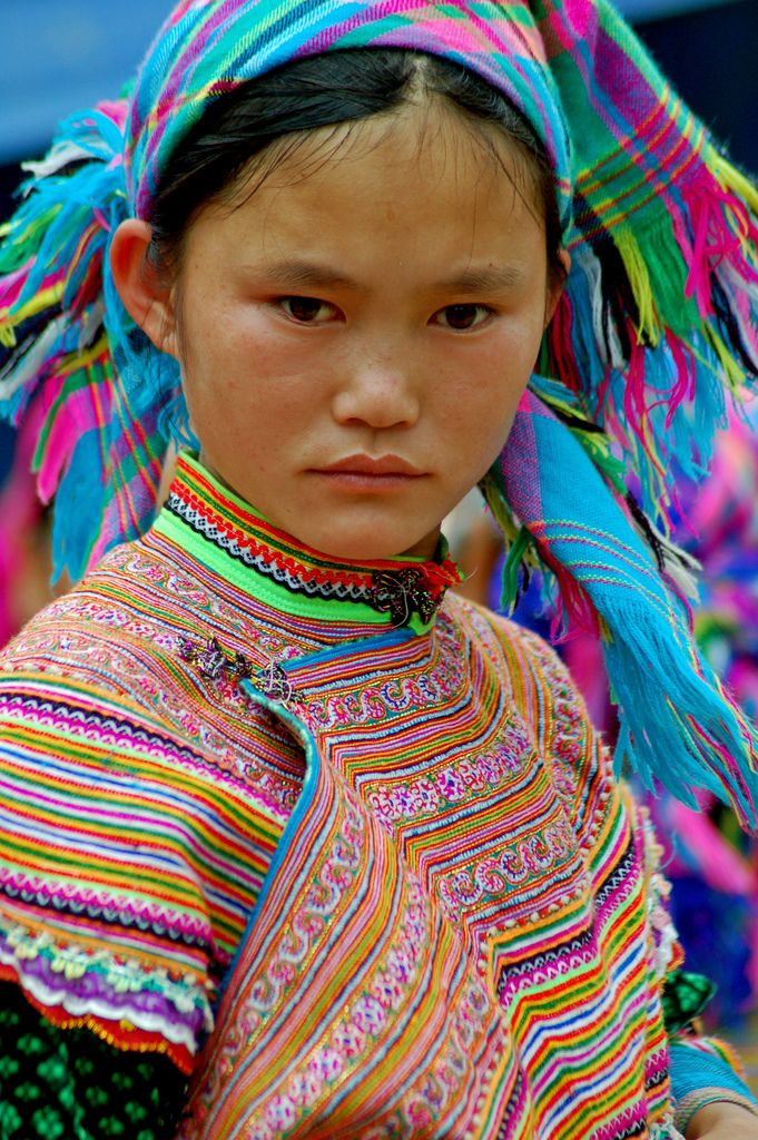 Girl from the Flower Hmong hill tribe | Hmong people