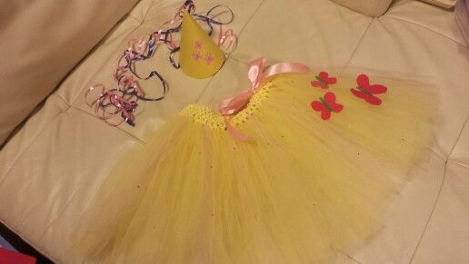 Flutters tutu and party hat