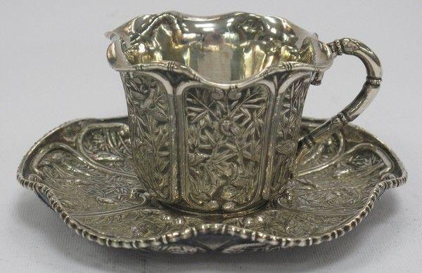 Taza de Plata y Platillo-WANG HING (1860-1890) chino