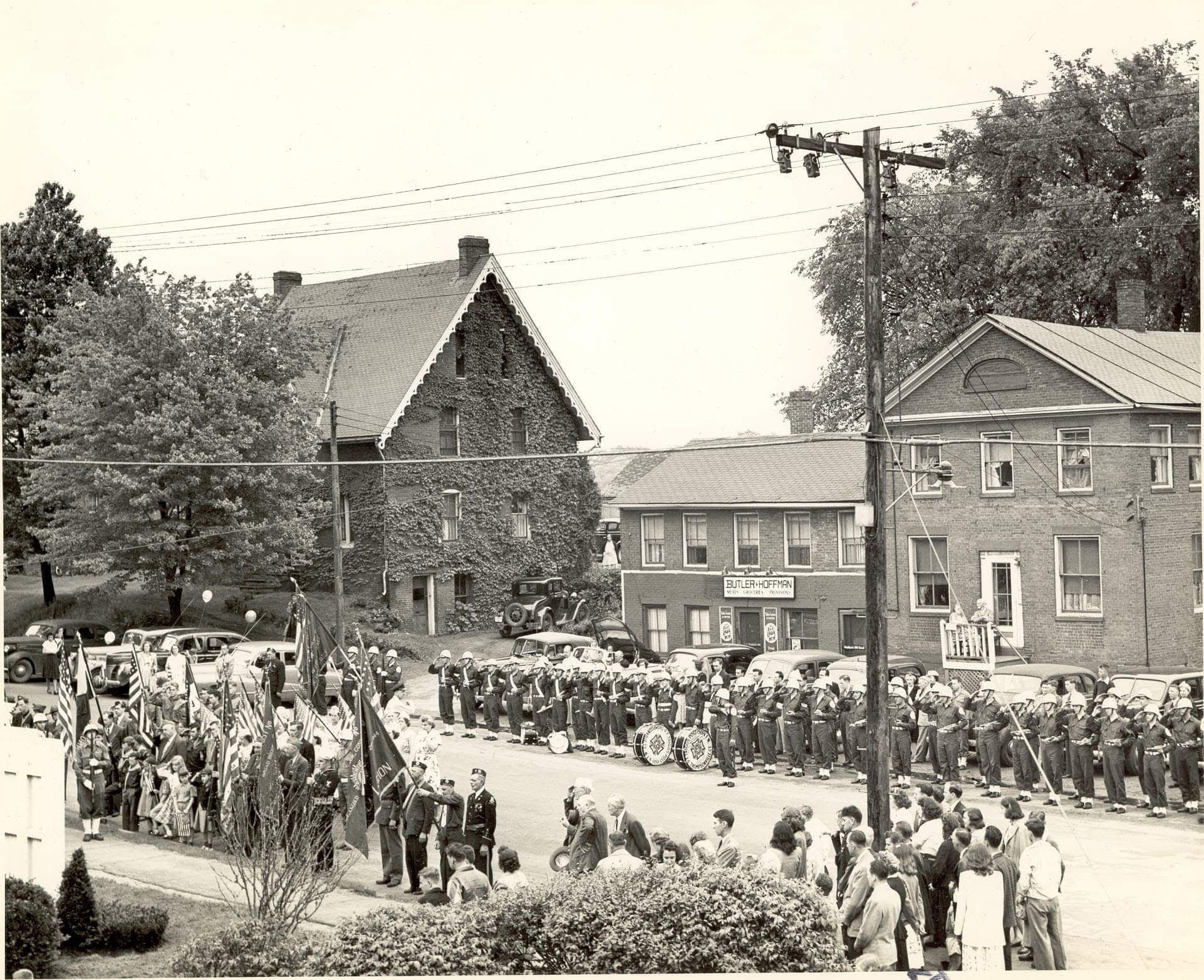 Memorial Day In Broad Brook Center Unknown Date E Town