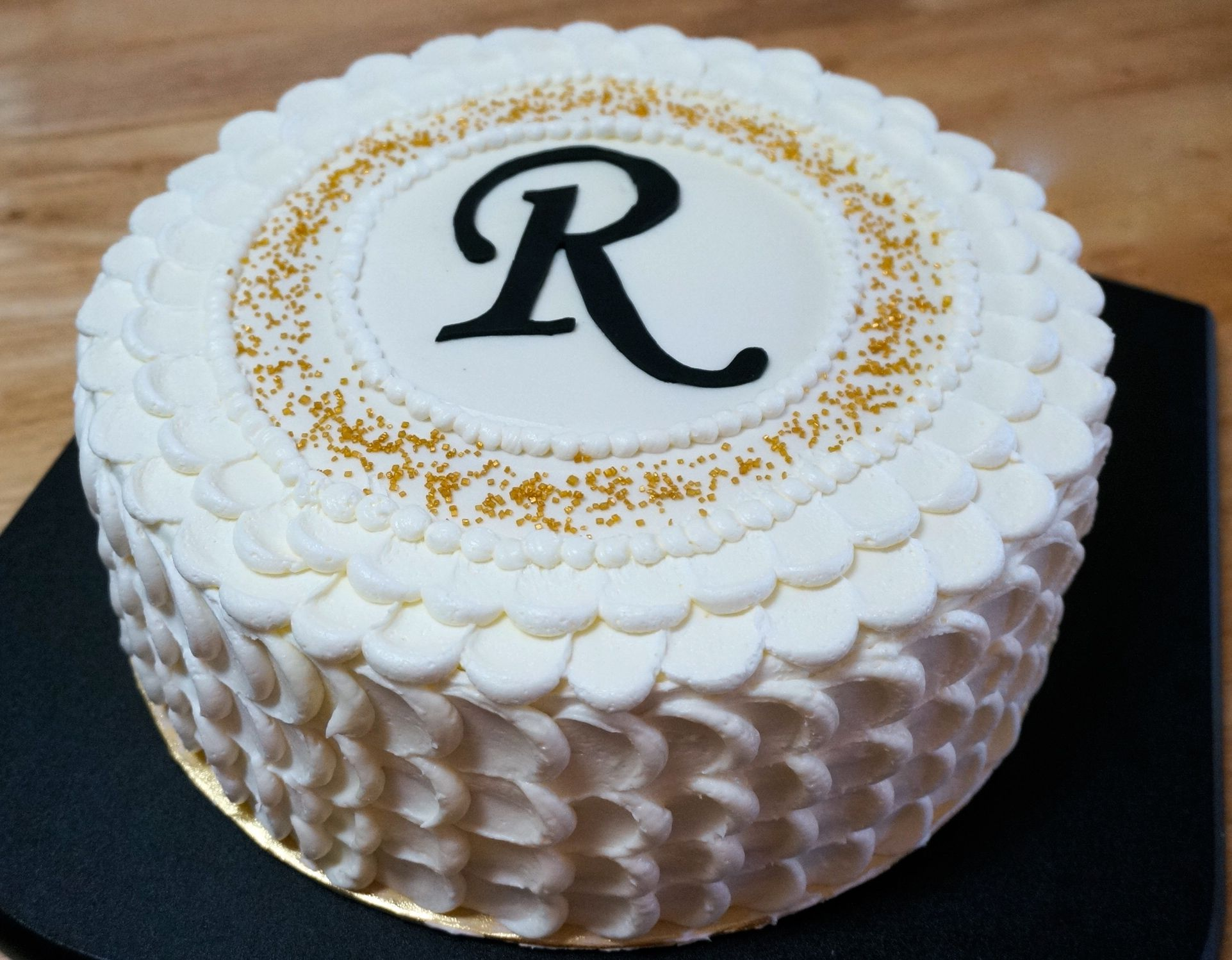 Rustic white amp gold for christian s baptism cake cakes dessert - Cakes By Gigi Tiz Birthday Cake For Randy Gold Black N White