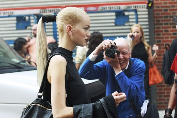 Model Daphne Groeneveld in Bill Cunningham's cross-hair on the streets of New York during Fashion Week. Photo by Nam for Grazia.it.