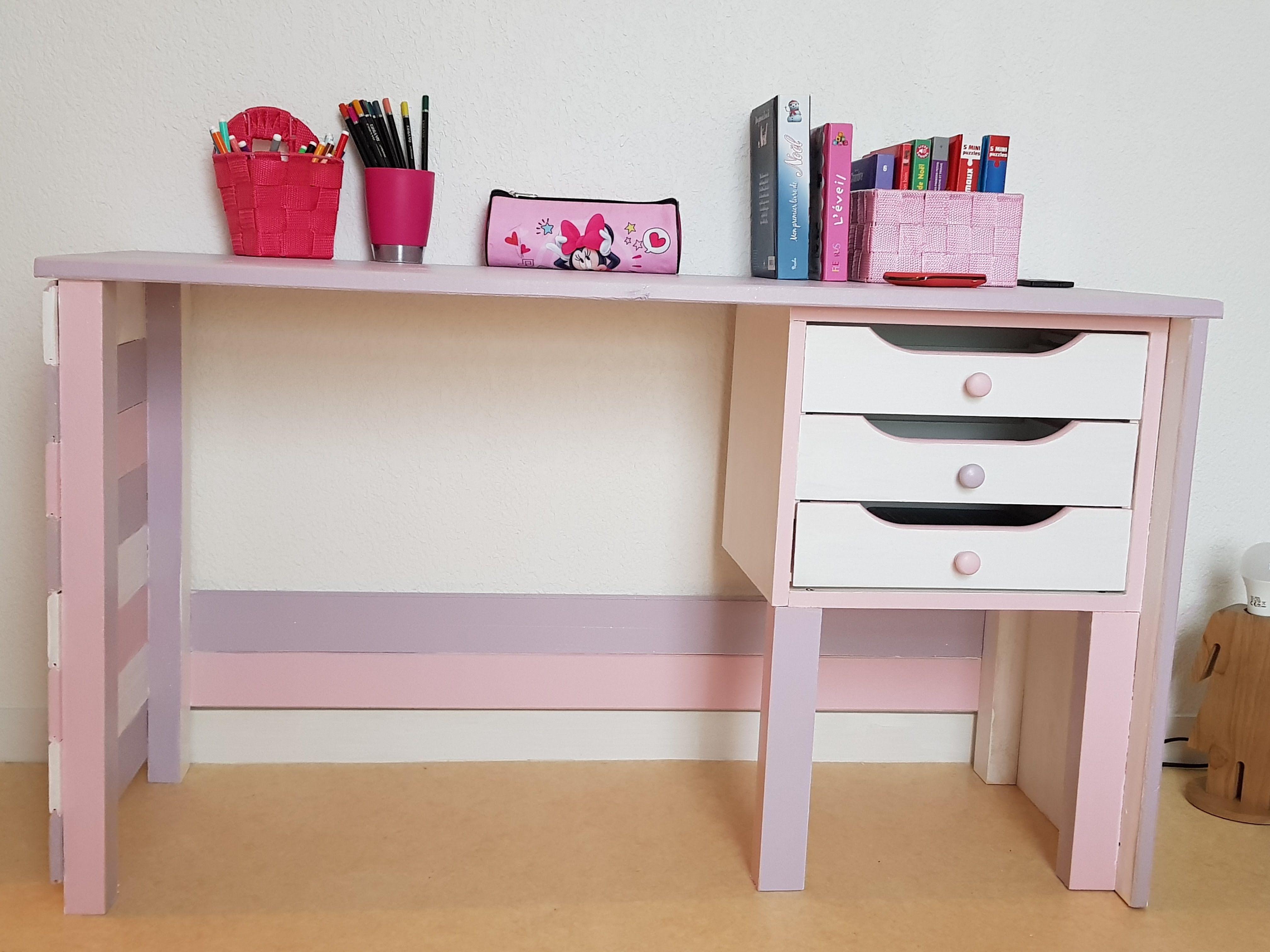 bureau enfants fille best vente bureau enfant fille. Black Bedroom Furniture Sets. Home Design Ideas