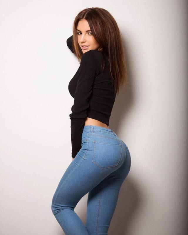 просто подобрать девушки в обтягивающих джинсах домашнее фото правило, японка шикарной