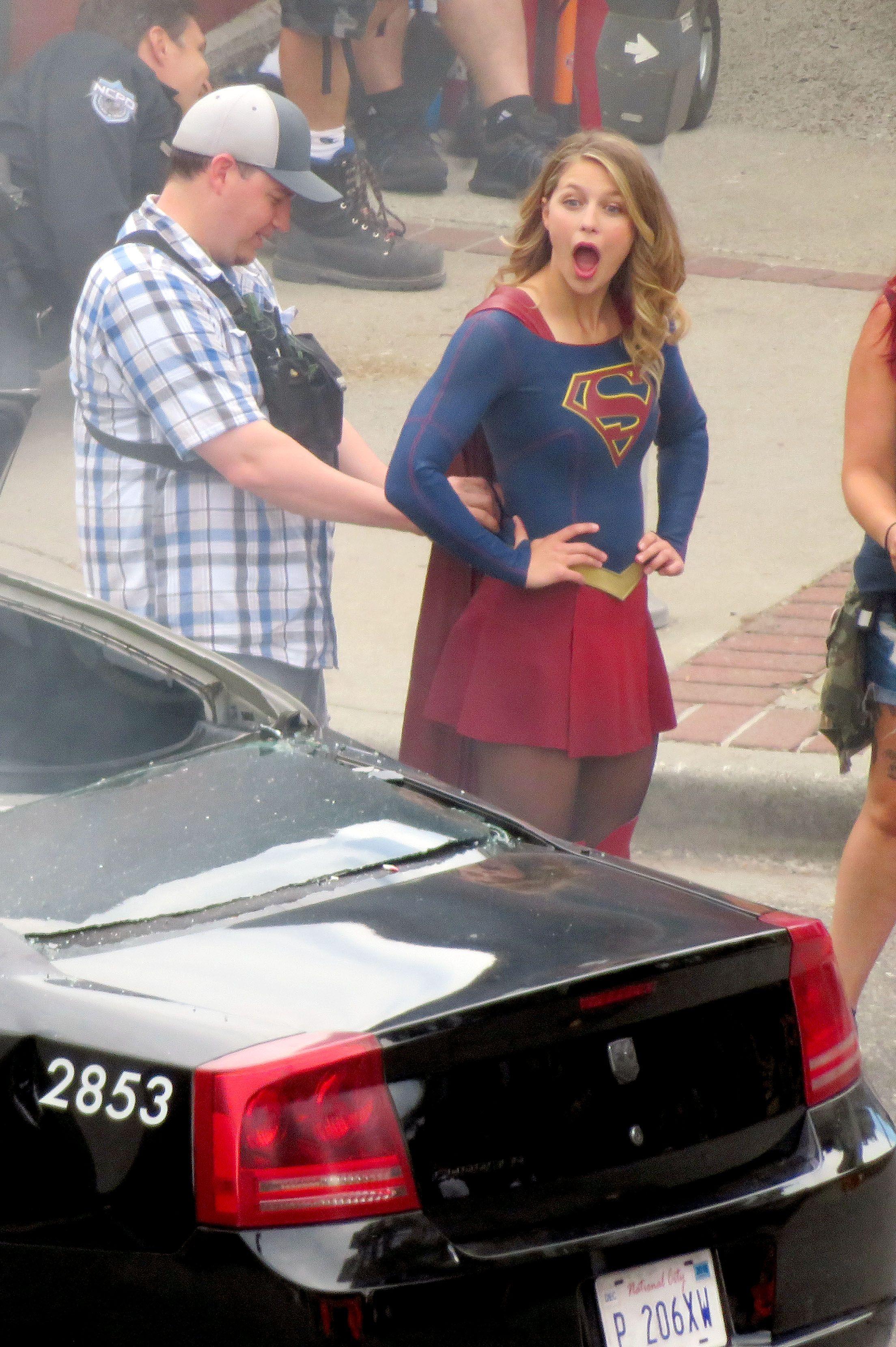 Melissa Benoist Melissa Supergirl Melissa Benoist Supergirl Cosplay
