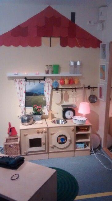 unsere k che im rollenspiel bereich raum dekoration. Black Bedroom Furniture Sets. Home Design Ideas