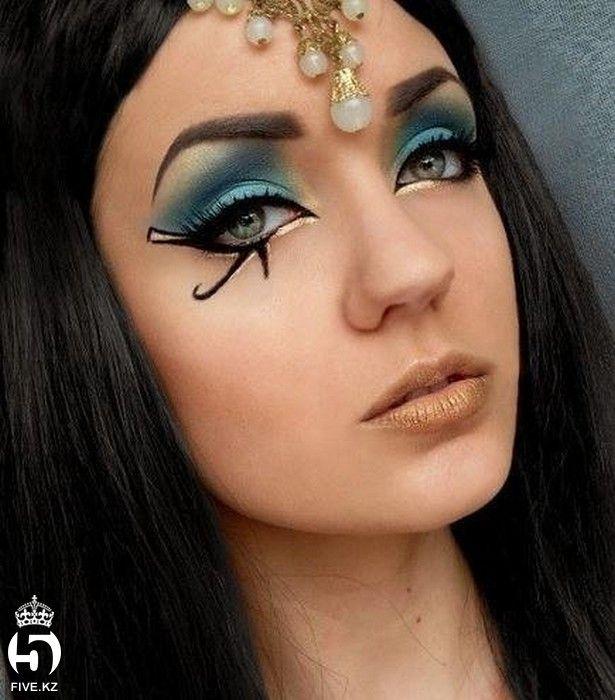 Как раскрасить лицо на Хэллоуин   Макияж клеопатры, Лицо ...