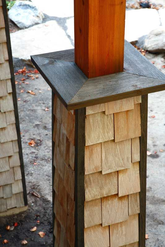 Best The Staggered Pattern Of Cedar Shake Shingles Is A Classic Of The Eastern Seaboard And Helps 400 x 300