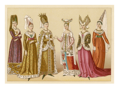 Women headdress styles varied during the medieval times. Woman were accustomed to shaving their eyebrows and hairlines to complement the headdresses.    14th century