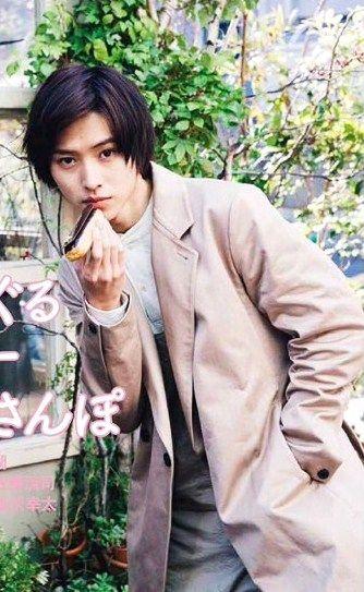 "sweets in Aoyama x Kento Yamazaki, magazin ""ROLA"". Apr/01/2016 out"