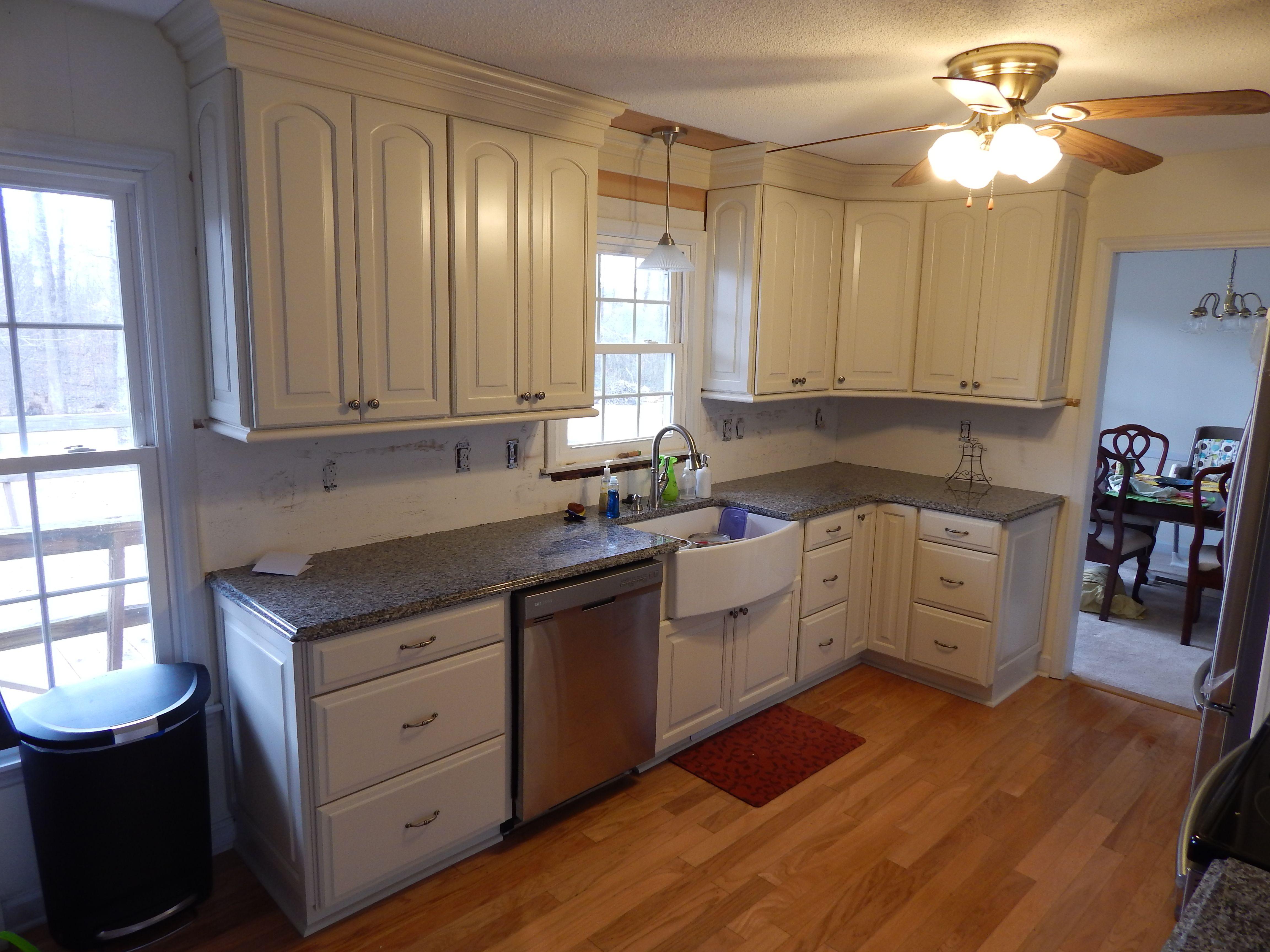 Waypoint 611 Maple Hazelnut Glaze Www Waypointlivingspaces Com Kitchen Design House Interior Kitchen Cabinets