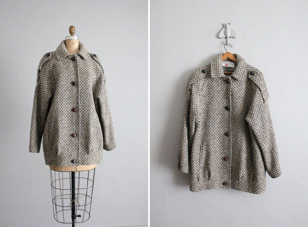 A Vintage Tweed Wool Coats for Winter