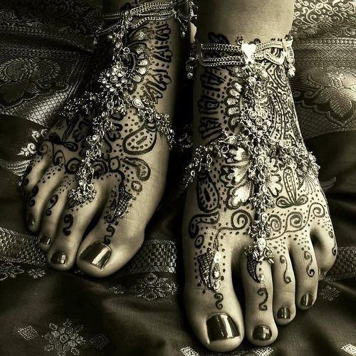 Gorgeous Mehndi All Women S Feet Should Look Like This Lulvilleq