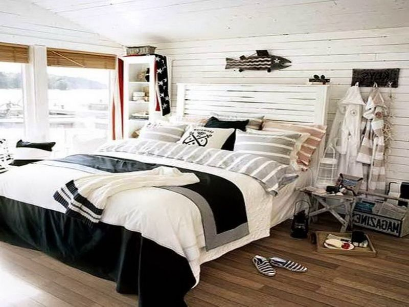nautical bedroom theme | Lake house decor | Pinterest | Nautical ...