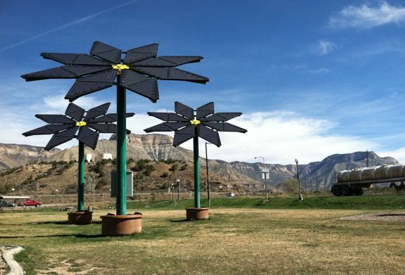 Solar Flowers At The Parachute Rest Area Solar Flower Sun Panels Tree Designs
