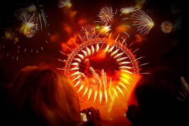 London, United Kingdom | 24 Breathtaking Photos Of Fireworks All Around The World