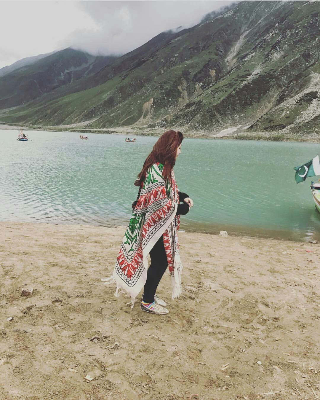 ✨Pinterest @ Kubra Yousuf ✨ | Dpzz in 2019 | Stylish girl