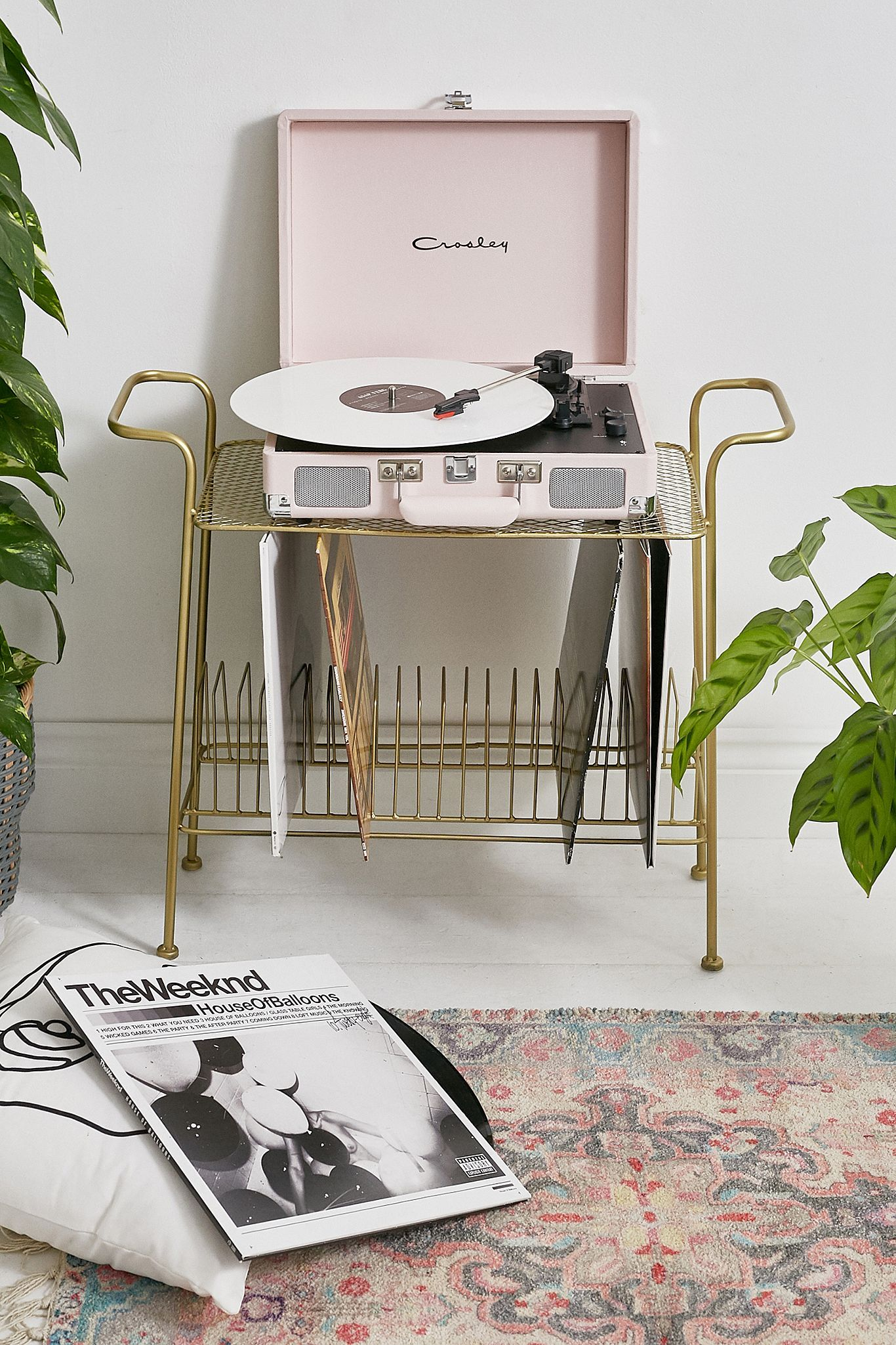 Crosley Uo Exclusive Cruiser Pastel Pink Bluetooth Vinyl Record Player Urban Outfitters Uk In 2020 Vinyl Record Player Record Player Vinyl Player