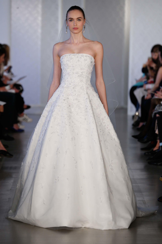 Oscar De La A Bridal Spring 2017 Fashion Show