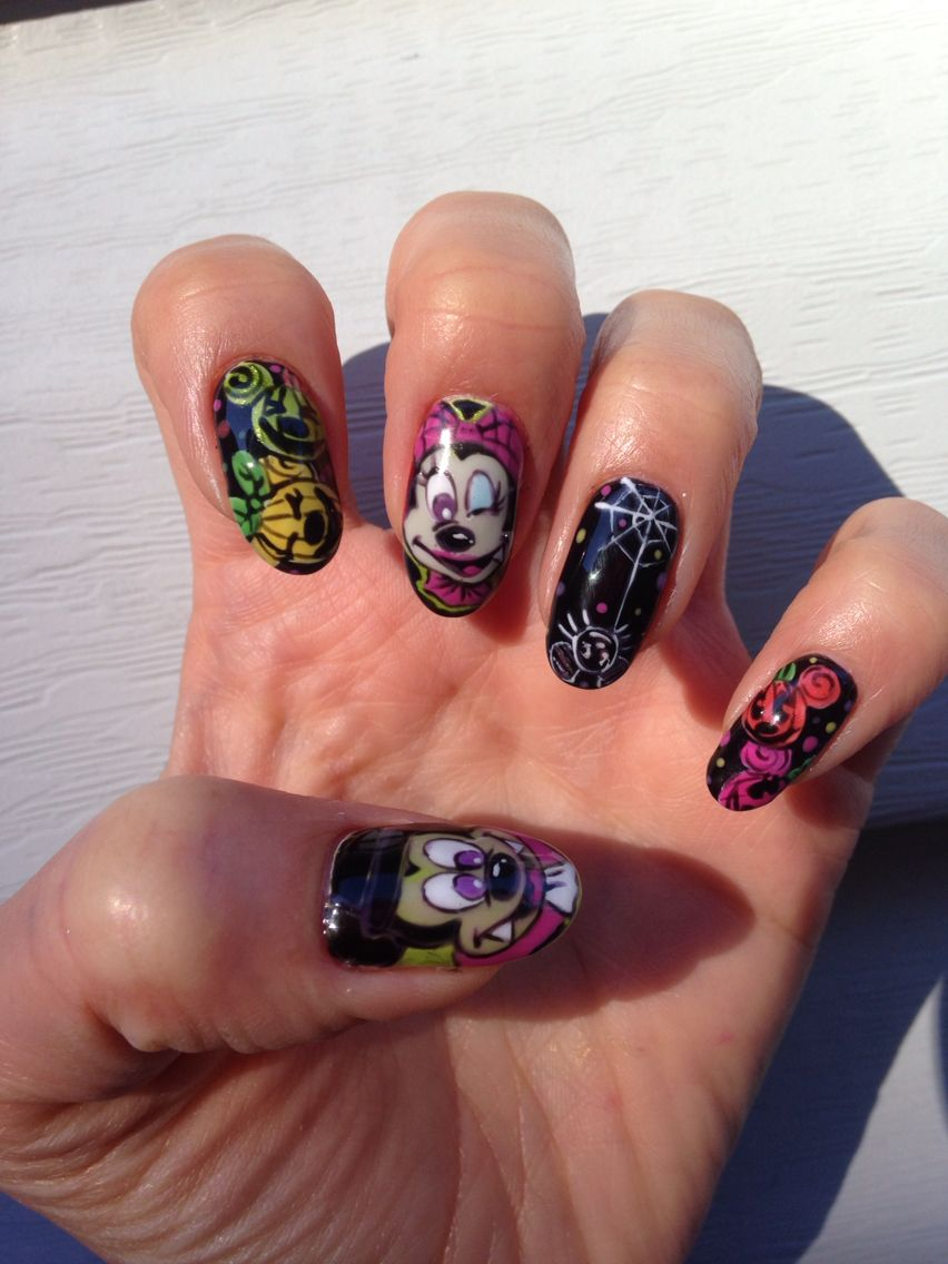 Mickey&Minnie monster halloween nails | Halloween nails ...