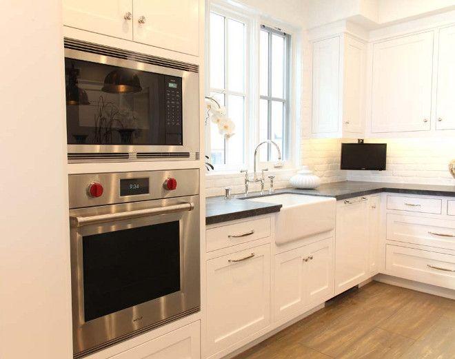 Small Kitchen Tv Quartz Countertops Ideas Under Cabinet Graystone Custom Builders
