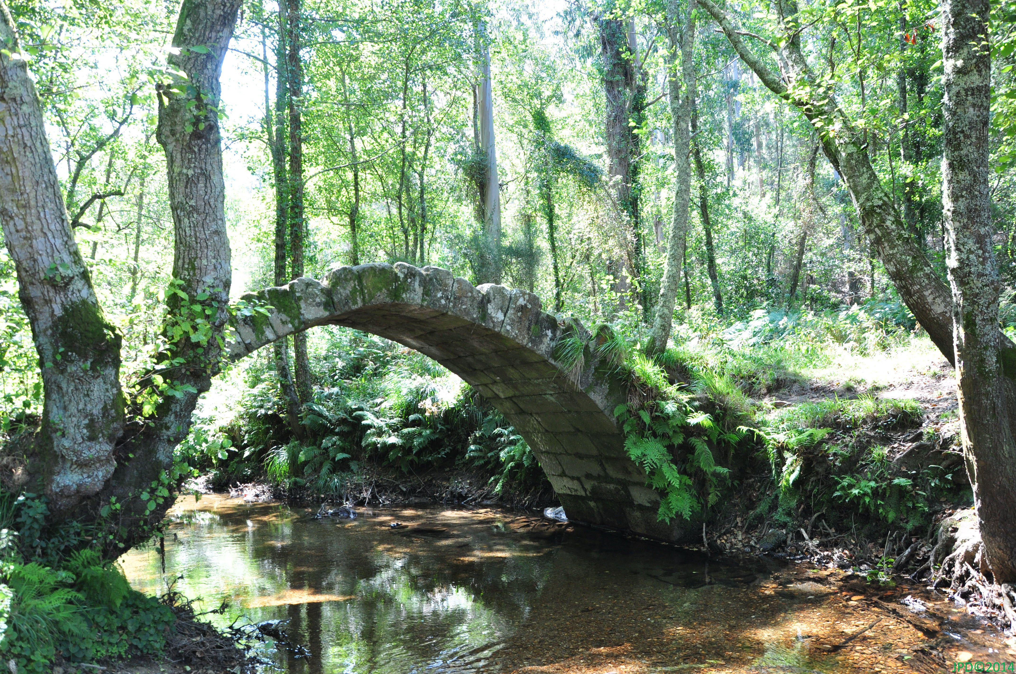 Puente medieval Río Sieiro Galicia
