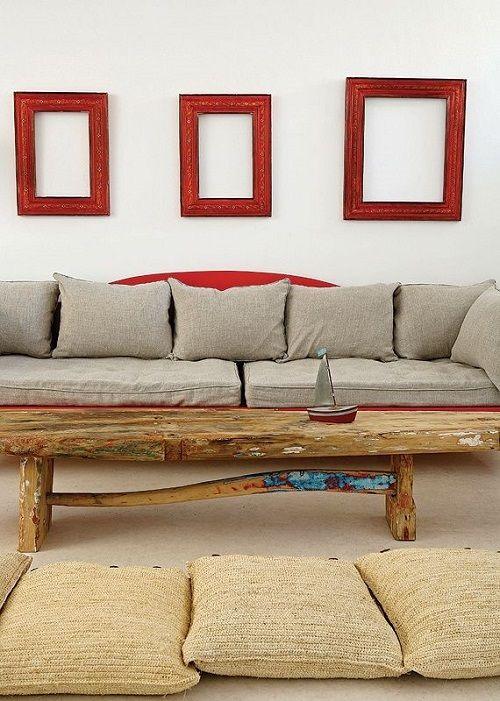 Parete dietro divano elegant paletta colori per arredare con un divano rosso e i toni del - Decorare parete dietro divano ...