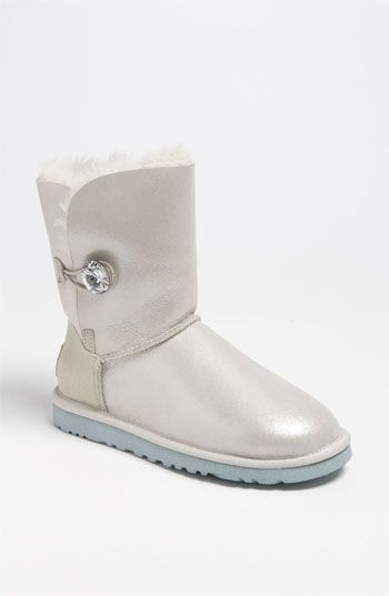688b83f0c05 would SO get these for a winter wedding <3 UGG® Australia 'Bailey ...